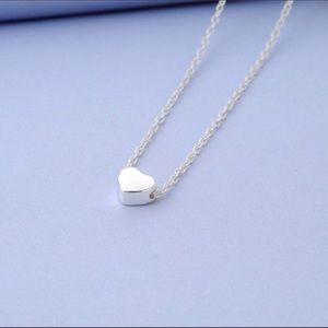 Silver Dainty Heart Pendant Necklace